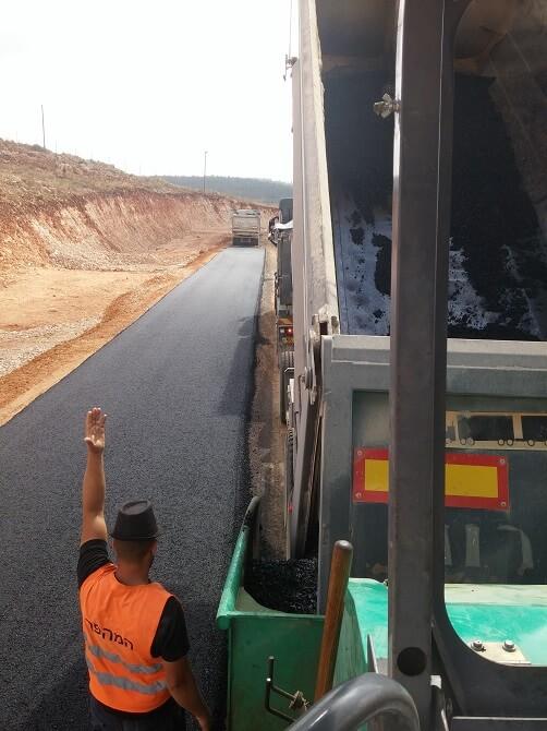 סלילת כבישים בישראל