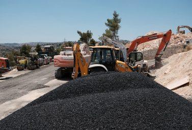 תהליך פיקוח על כביש עם צוות מהנדסים מאדר קו הנדסה